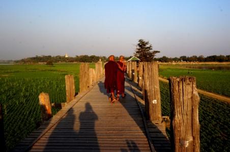 Myanmar Amarapura Mönche