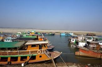 Myanmar Boot nach Mingun