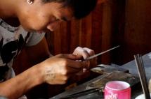 Myanmar Inle See Silberschmied