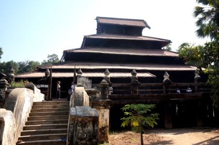 Myanmar Inwa Holztempel