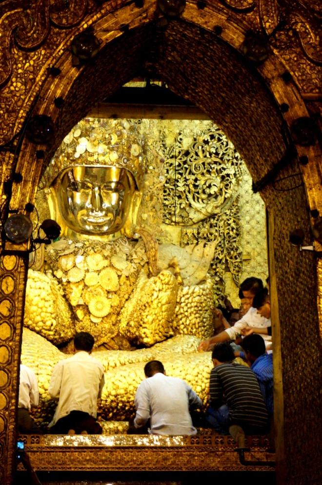 Myanmar Mandalay Mahamuni Pagode Buddha