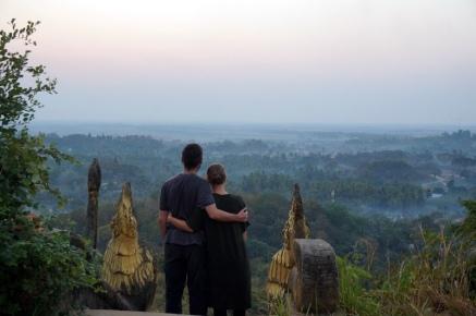 Myanmar Mrauk U Sonnenaufgang auf der Shwetaung Pagode