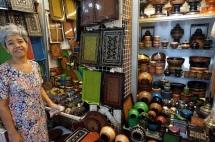 Myanmar Yangon Bogyoke Aung San Markt Verkäuferin