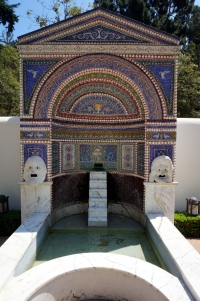 USA: The Getty Villa Los Angeles Brunnen