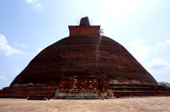Sri Lanka Anuradhapura Abhayagiri Stupa komplett