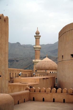 Nizwa Fort Blick auf die Moschee